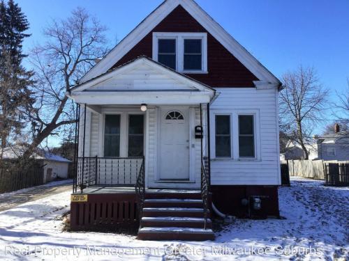 3221a N 1st Street Rear House Photo 1