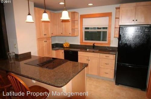 4338 NE 88th Avenue Photo 1
