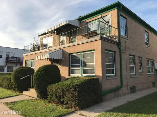 8008 W Becher Street Photo 1
