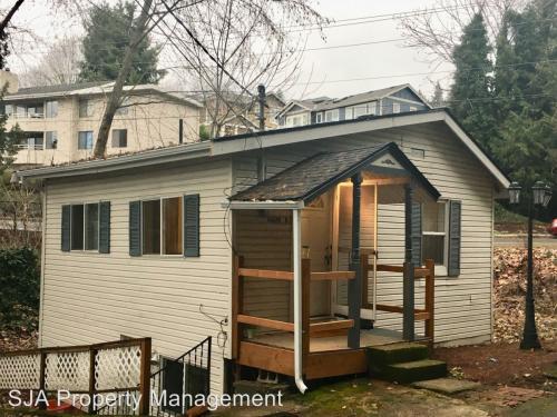 11409 100th Ave NE B - Upper Photo 1