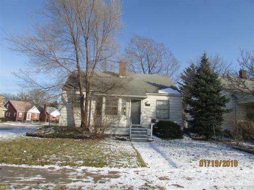 21140 Beechwood Avenue Photo 1