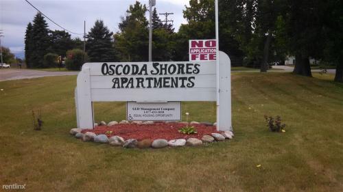 5035 Cedar Lake Road Photo 1