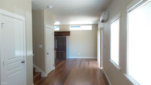 1745 Mill Alley Photo 1
