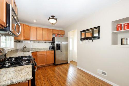 8901 Olcott Avenue Photo 1