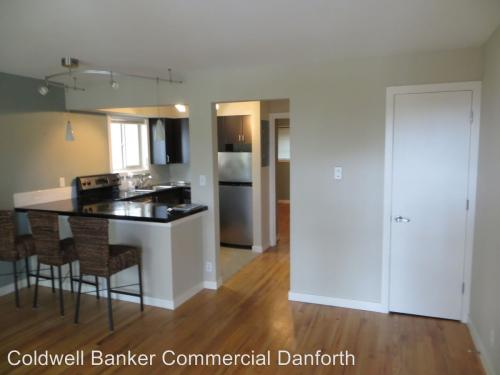 7106 California Avenue SW #101 Photo 1