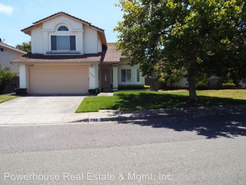 706 Catalina Circle Photo 1