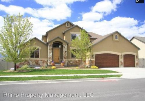 11452 S Black Forest Drive #B Photo 1