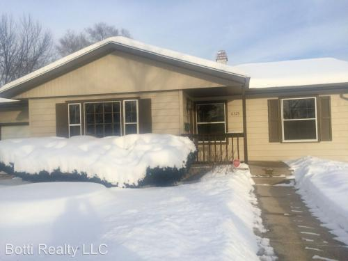 6325 Browns Parkway Photo 1