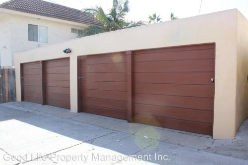 4453-4455 1/2 48th Street - Garage #2 Photo 1