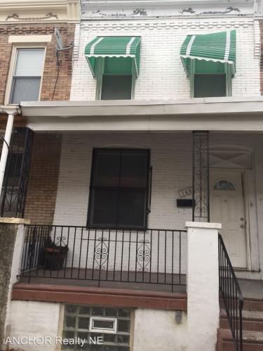 145 N Wilton Street Photo 1