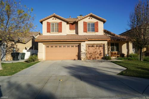 3313 Connors Drive Photo 1