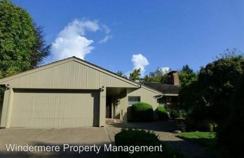 3605 NW Van Buren Avenue Photo 1