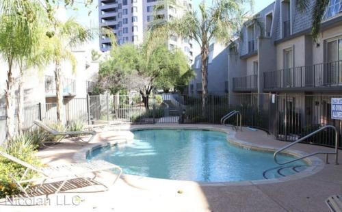 1018 E Osborn Road Unit E - Osborn Terrace #214 Photo 1