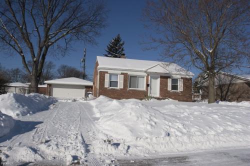 5140 Syracuse Street Photo 1