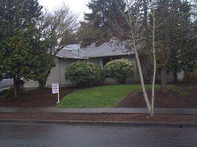 9635 SW Robbins Drive Photo 1