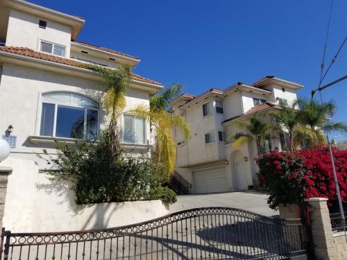 1009 Figueroa Terrace #A Photo 1