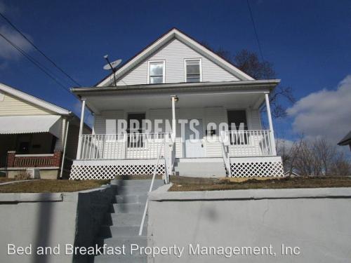 140 Webster Street Photo 1