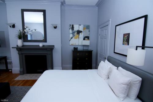 387 Marlborough Street Photo 1