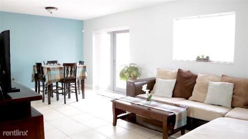 1131 NW 200 Terrace Photo 1