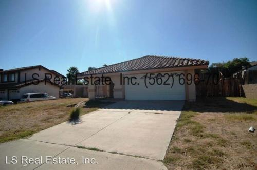 6494 Avenida Michaelinda Photo 1