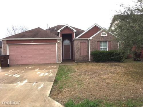 218 Sunshadow Drive Photo 1