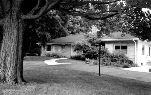 5530 Olentangy River Road Photo 1
