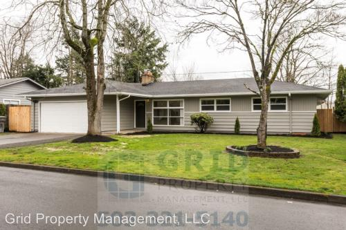 622 SE 164th Avenue Photo 1
