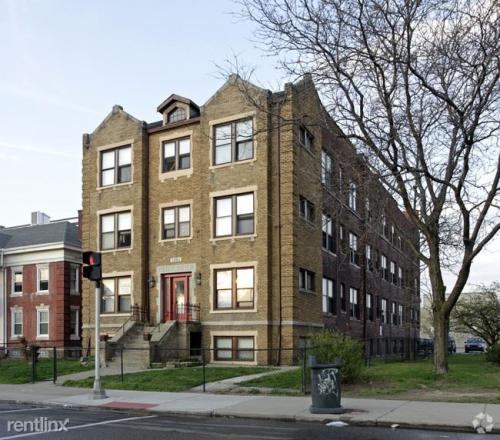 4263 Cass Avenue Photo 1
