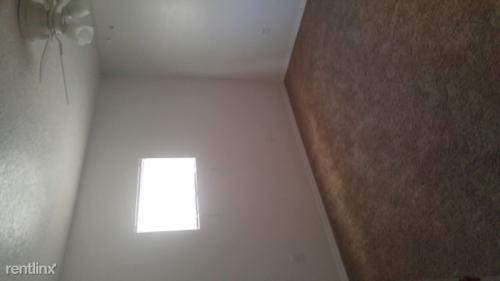 303 Country Club Drive Photo 1
