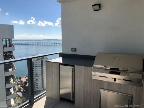1451 Brickell Avenue Photo 1