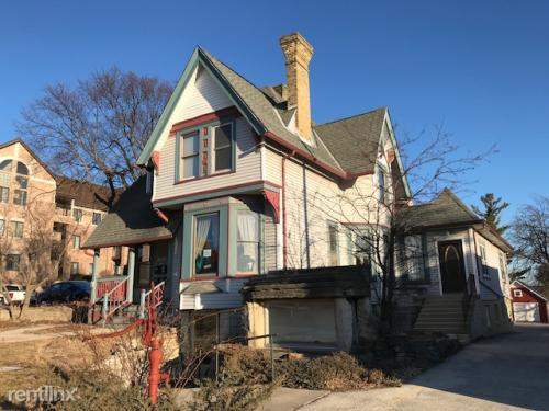 7463 Harwood Avenue Photo 1