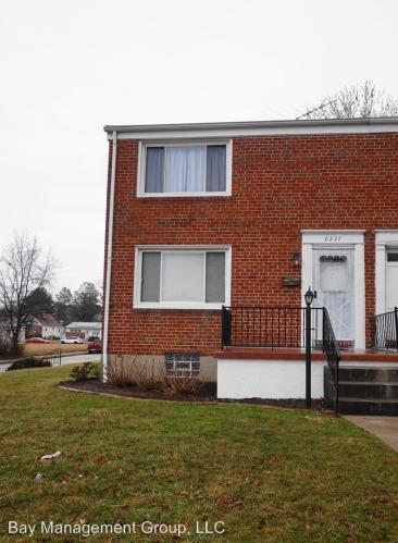 6237 Laurelton Avenue #1 Photo 1