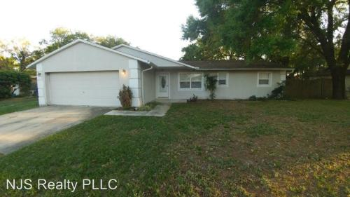 4248 St Lawrence Drive Photo 1