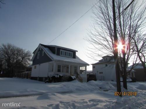 4142 Seneca Street Photo 1