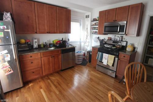 64 Murdock Street Photo 1