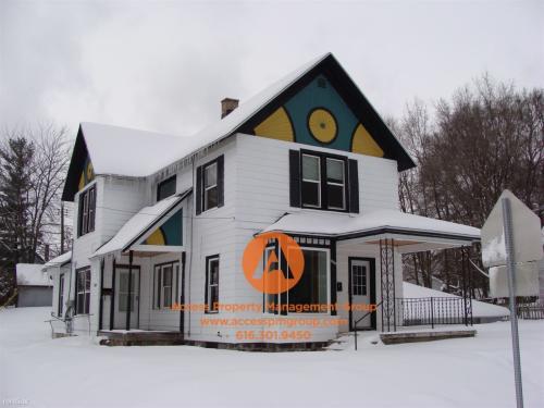 1501 College Avenue NE Photo 1