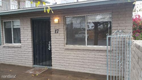 5223 W Glenn Drive #17 Photo 1