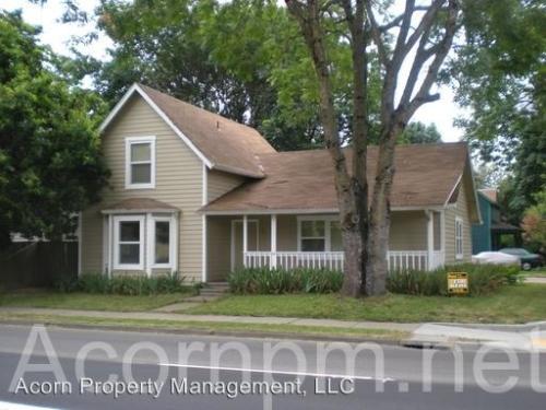 306 D Street Photo 1