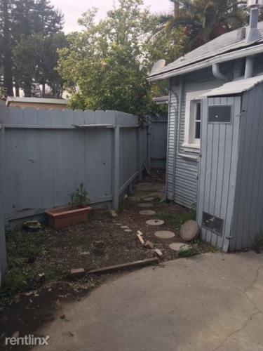 129 Glenwood Avenue B Photo 1