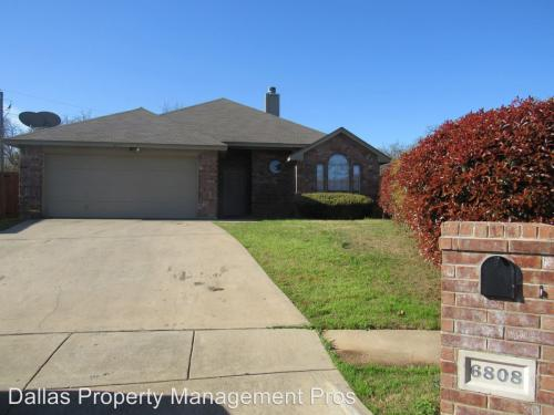 6808 Terbet Court Photo 1