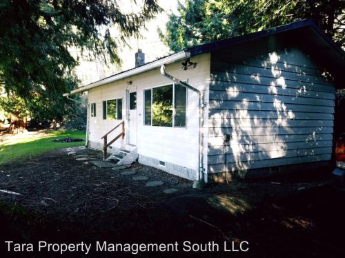 5093 Lakeside Drive Photo 1