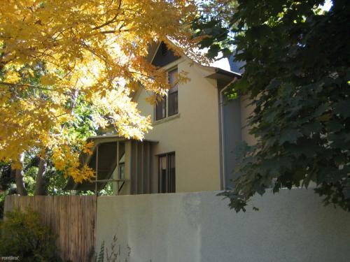 1206 E Cedar Avenue Photo 1
