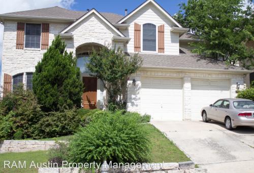 9400 Savannah Ridge Drive Photo 1
