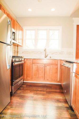 40 Osborne Ave 2nd Floor Photo 1