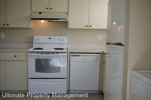 8955 SE Hobe Ridge Avenue Photo 1