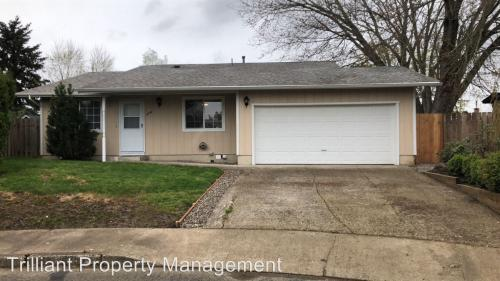 4758 Lariat Court NE Photo 1