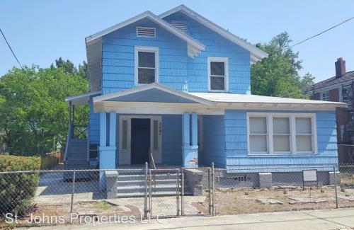 209 W 18th Street #1 Photo 1