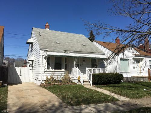 1058 Garfield Avenue Photo 1