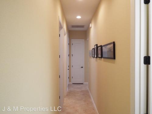 1669 Victoria Gardens Trail Photo 1