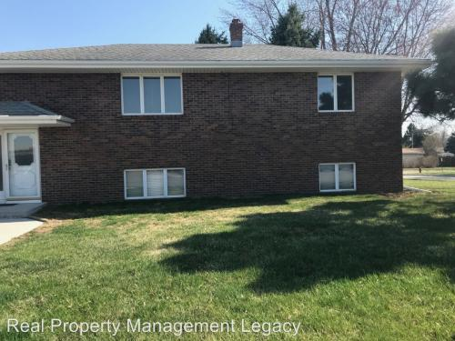 213 W Glenmore - Condo Unit With Garage Move In Re Photo 1